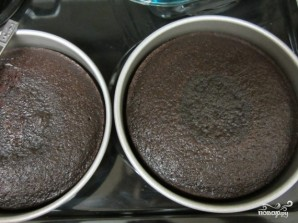 Шоколадный торт с белым кремом - фото шаг 5