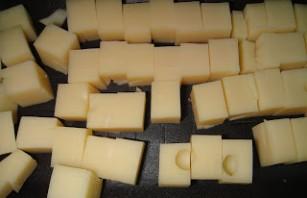 Сырные шарики в кляре - фото шаг 5