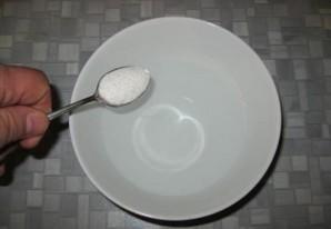 Тесто для пельменей на воде - фото шаг 1