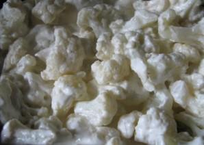 Цветная капуста в сливках с сыром - фото шаг 2