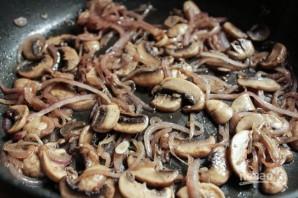 Салат из жареных грибов - фото шаг 4