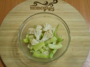 Салат из цветной капусты с зеленой фасолью - фото шаг 5