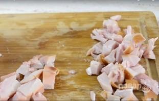 Салат из копченой курицы и ананаса - фото шаг 1