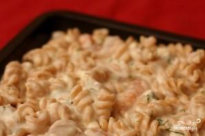 Запеченная паста с сыром Фета и креветками - фото шаг 3