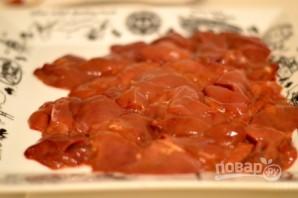 Куриная печень с грибами в сливочном соусе - фото шаг 1