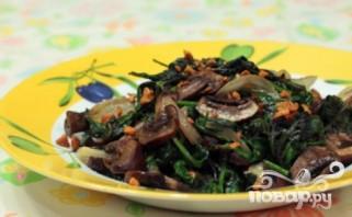 Жареные грибы со шпинатом - фото шаг 3