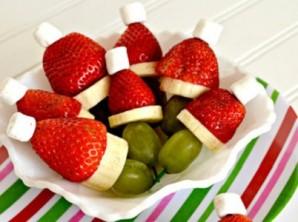 Канапе из фруктов на шпажках - фото шаг 5