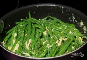 Зеленая фасоль с яйцом - фото шаг 6