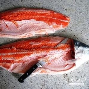 Соленая красная рыба - фото шаг 3
