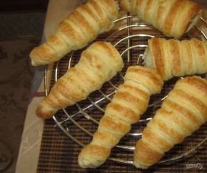 Пирожные из слоеного теста - фото шаг 4