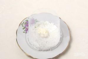 """Салат """"Мимоза"""" с рисом и сыром - фото шаг 3"""