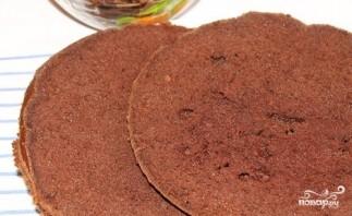 Шоколадный торт с фруктами - фото шаг 8