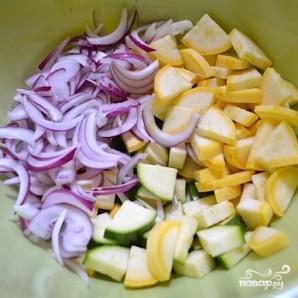 Овощной салат с макаронами - фото шаг 6