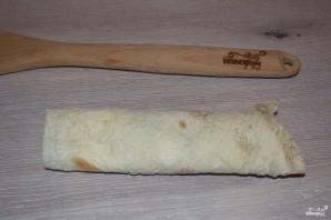 Рулетики из лаваша с сыром - фото шаг 5