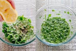 Салат из авокадо с креветками и зеленью - фото шаг 6