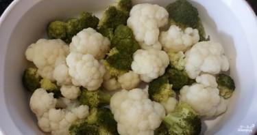 Гратен из цветной капусты и брокколи - фото шаг 2
