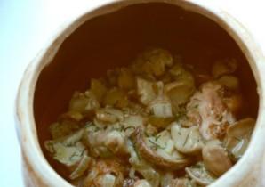 Курица в горшочке с рисом - фото шаг 3
