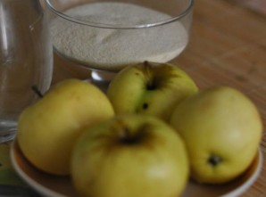 Яблочный мусс с манкой - фото шаг 1