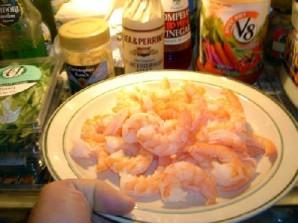 Овощной салат с креветками и лимоном - фото шаг 6