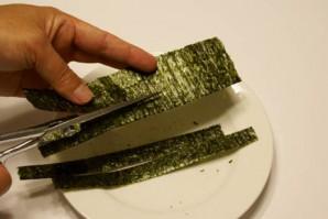 Суши с омлетом - фото шаг 1
