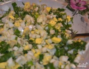Пирожки с зеленым луком и яйцом - фото шаг 2