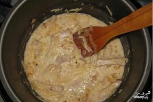 Свинина со сметаной в мультиварке - фото шаг 5