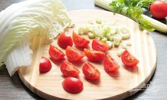 Салат из печени трески с яйцом - фото шаг 2