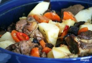 Острая баранина с овощами и черносливом - фото шаг 12