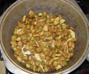 Овощное рагу в кастрюле - фото шаг 9