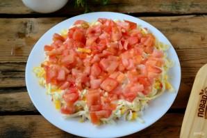 Слоеный салат с крабовыми палочками (вкусно и просто) - фото шаг 4