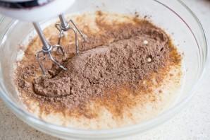 Швейцарский шоколадный рулет - фото шаг 4