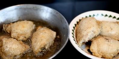 Жареные хрустящие куриные бедрышки - фото шаг 5