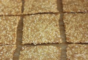 Кукурузные хлебцы с семечками - фото шаг 6