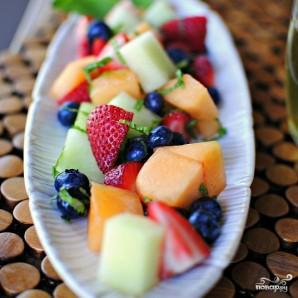 Салат из фруктов - фото шаг 8