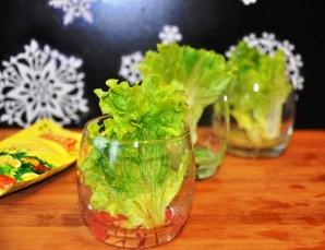 Салат с копчеными мидиями - фото шаг 5
