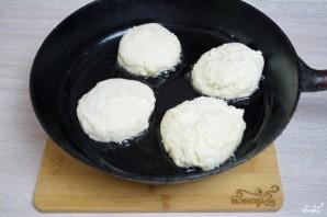 Сырники с манкой - фото шаг 4