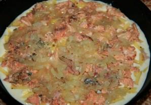 Пирог с рыбой на кефире - фото шаг 3