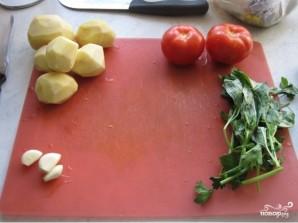 Картофель в духовке с помидорами - фото шаг 1