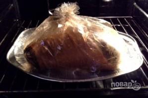 Запекание свиной рульки в духовке - фото шаг 4