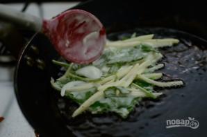 Оладьи с картофелем и шпинатом - фото шаг 5