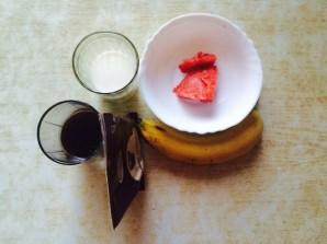Шоколадный смузи - фото шаг 1