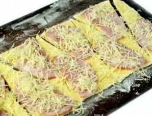 Круассаны с сыром и ветчиной - фото шаг 4