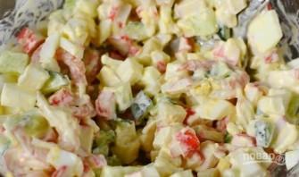 Салат из кальмаров с крабовыми палочками - фото шаг 6