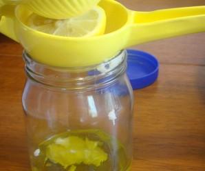 Простой салат из капусты - фото шаг 4