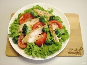 Салат с брокколи и курицей - фото шаг 6