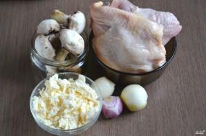 Курица с грибами в духовке - фото шаг 1