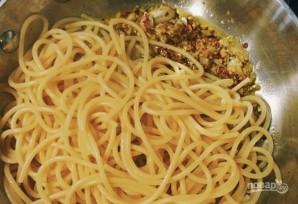 Спагетти с петрушкой - фото шаг 4