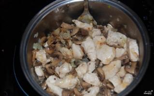 Куриное филе с шампиньонами - фото шаг 5