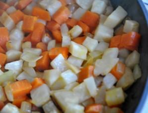 Гороховый суп с колбасками - фото шаг 2