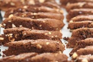 Шоколадные бискотти с миндалем - фото шаг 5